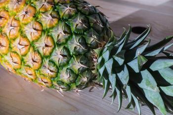 Grilovaný opilý ananas Ládi Hrušky